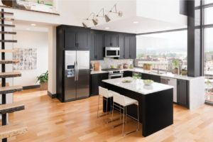Pros & Cons of Hardwood Floors in the Kitchen